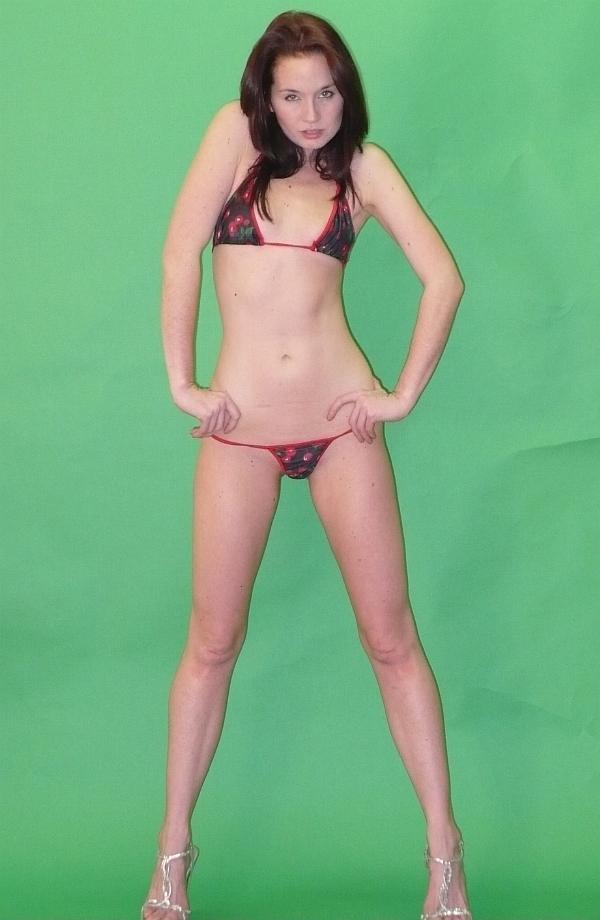 Tags: bikini, celebrity look-a-like, sexy, shannon dougherty